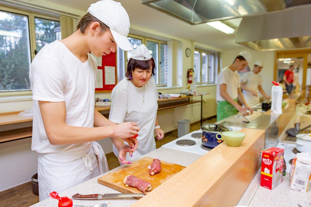Učební obory, nástavba s maturitou, kuchař