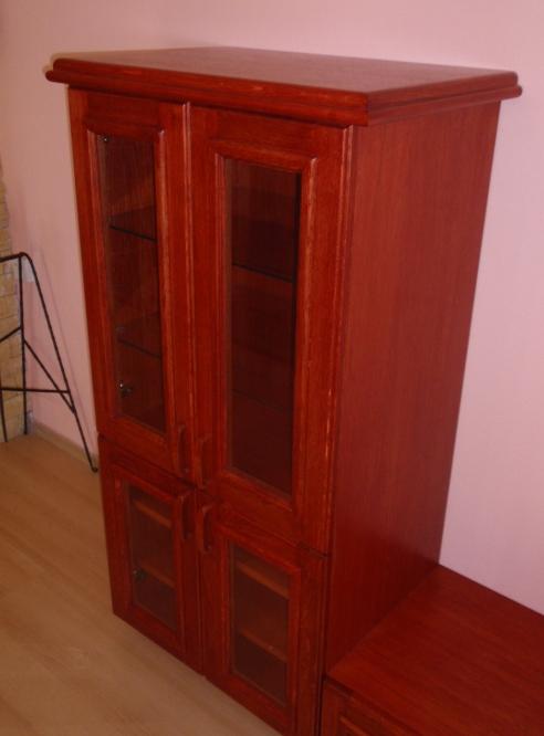 Truhlářství Frýdek, Ostrava, výroba nábytku, skříní, dveří,schodů