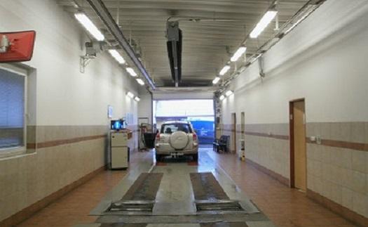 Stanice technické kontroly – profesionální tým provede veškeré technické prohlídky i měření emisí