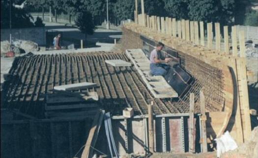 Volná pracovní pozice železáře - zaměstnání v oblasti stavební kovovýroby