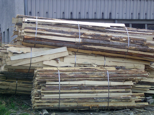 Palivové dřevo, balíky odkorů