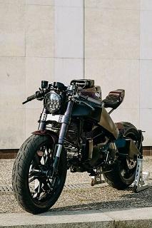 Zakázková výroba motocyklů od návrhu až po sestavení