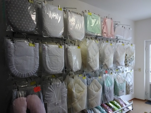 Krajkové vázací zavinovačky pro miminka za rozumné ceny - vlastní výroba, prodej
