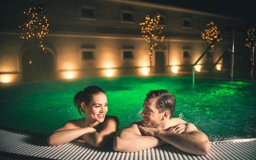 Voucher, dárkový poukaz na pobyt v luxusním wellness hotelu na Vysočině