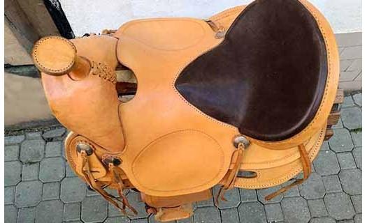 Výroba jezdeckých potřeb, prodej westernových sedel a doplňků Praha