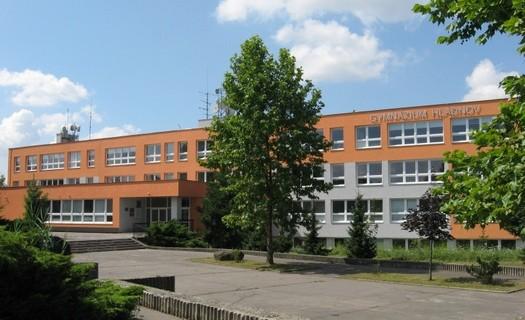 Budova školy, Gymnázium Hladnov a Jazyková škola