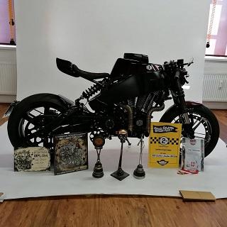 Výhody motocyklu sestaveného na míru oproti sériově vyráběným strojům