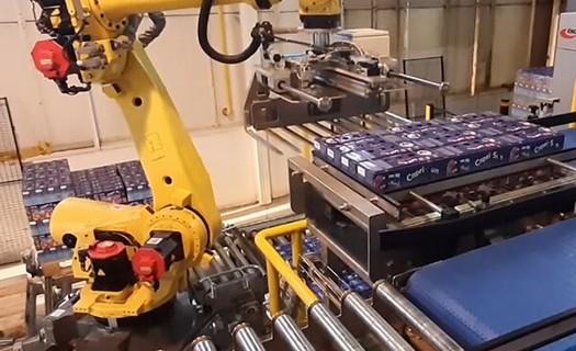 Robotická pracoviště Chotěboř, efektivní automatizace pracovišť, roboty značek FANUC a YASKAWA