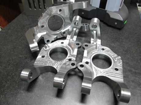 Profesionální CNC výroba dílů a komponentů pro motorsport - turbo racing
