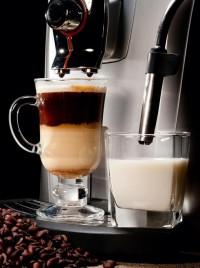 S funkcí One Touch na přípravu latté i cappuccina