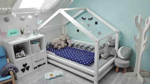 Dekorativní předměty do bytu a dětských pokojů vyrobené ze zdravotně nezávadného plastu