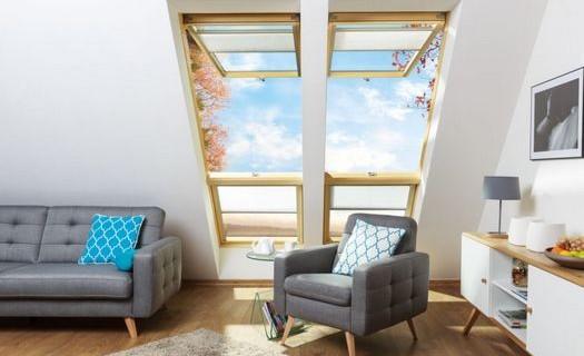 Výroba střešních oken Český Těšín, dřevěná a plastová okna s různou konstrukcí a způsoby otevírání