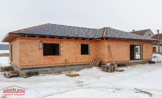 Zednictví, stavitelství - půdní vestavby, hrubé stavby, zateplení domu v okolí Třebíče