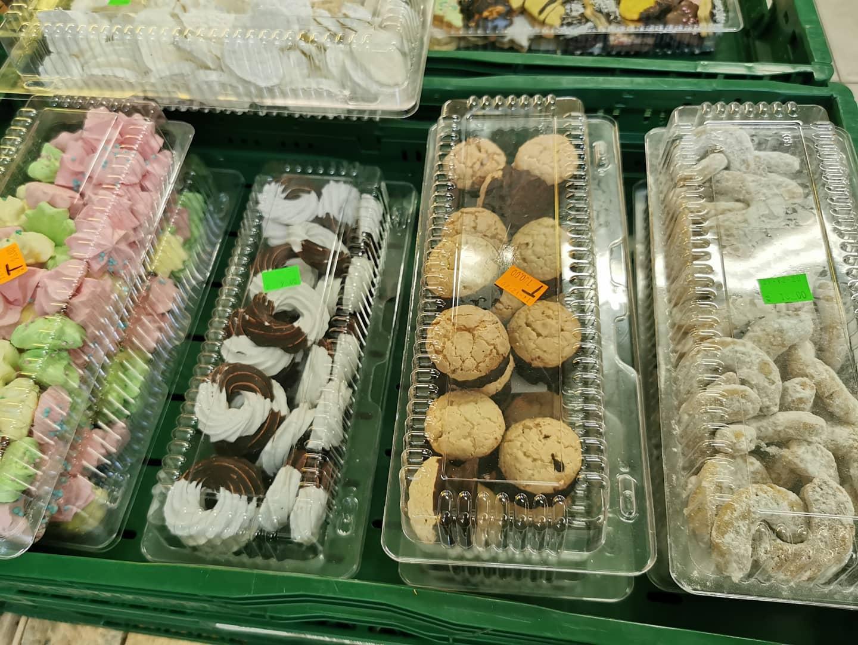 Lahodné čajové a vánoční cukroví, sváteční koláče z cukrářství