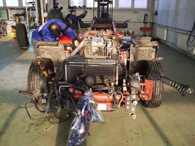Autoservis, opravy vozidel Panav, Schmitz, pneuservis Ostrava