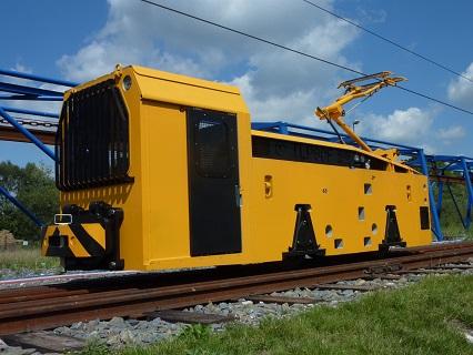 Výroba důlních lokomotiv, které mohou být dieselové, akumulátorové či trolejové