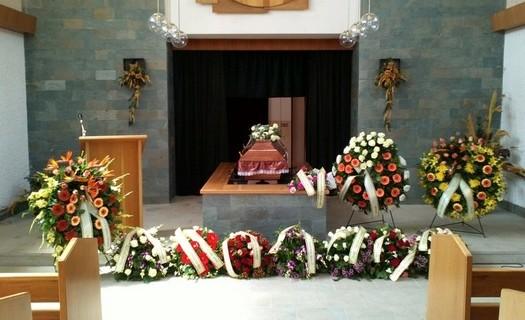 Pohřební služba Úpice, pořádání pohřbů, převozy zesnulých z celé ČR a ze zahraničí
