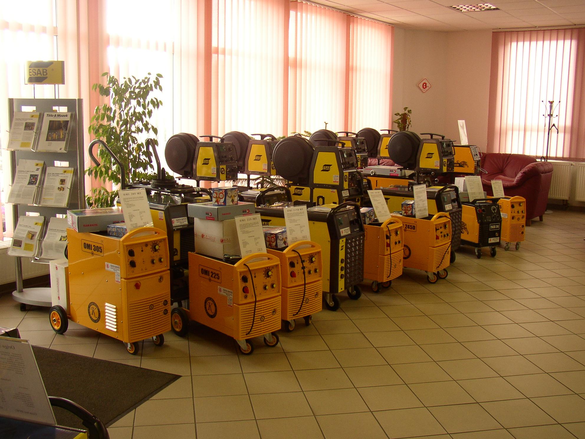 Svařovací drát CO2, elektrody, hořáky BINZEL