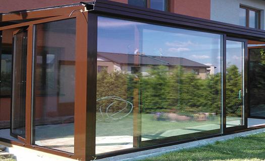 Řezání, vrtání a broušení skla, zrcadel ve sklenářské dílně