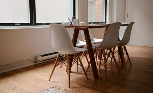 Podlahářství Praha, prodej a pokládka podlah, renovace podlahových krytin, podlahářské práce