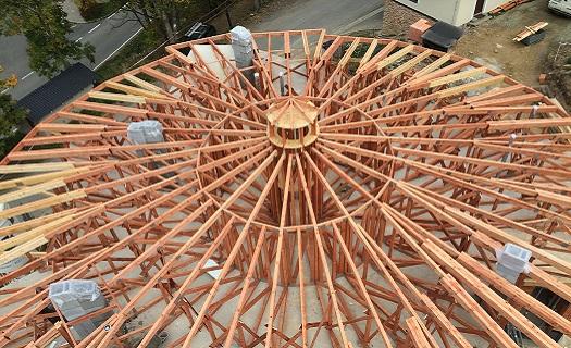 Příhradové vazníky pro jakoukoliv střechu