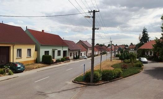 Obec Horní Dubňany, okres Znojmo