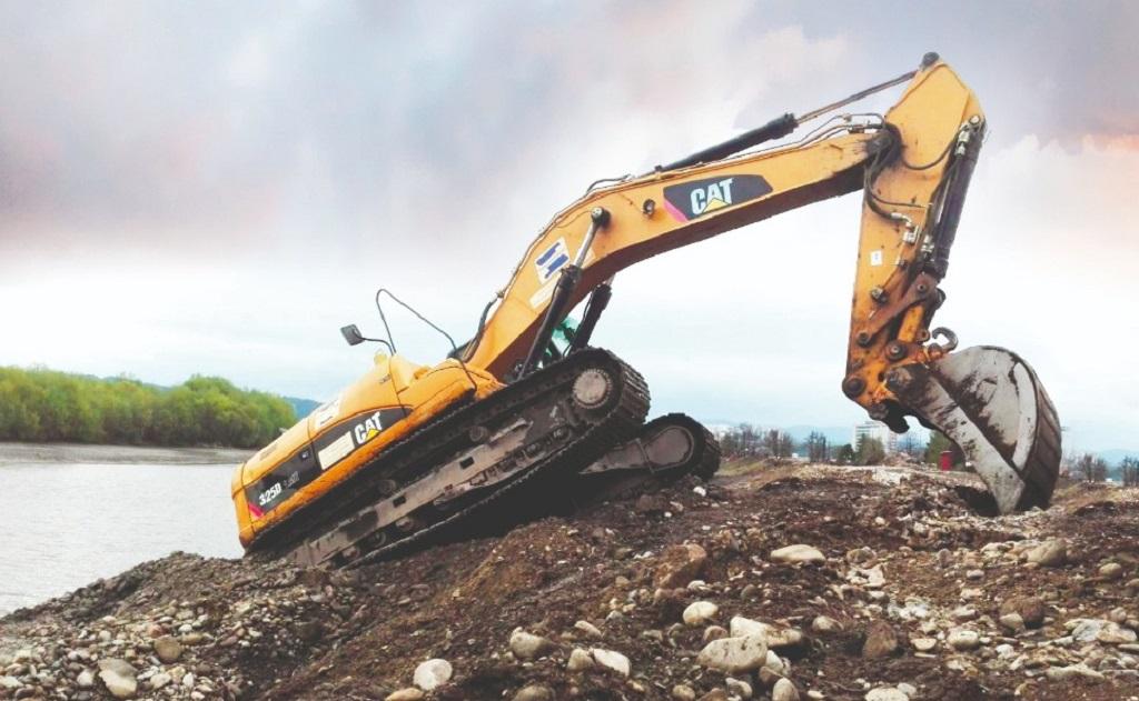 Čištění vodních nádrží, zřízení nových rybníků - přípravné práce pro vodohospodářské stavby