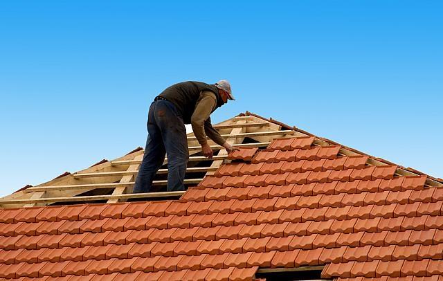 Pokládka nové střechy