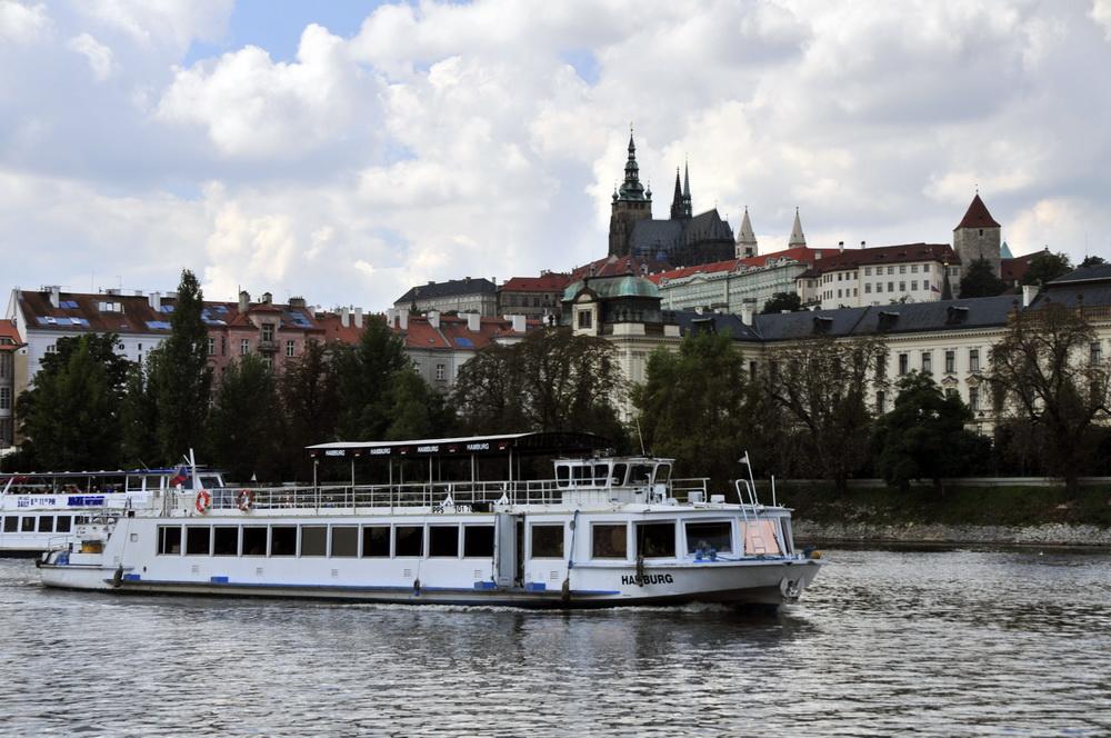 Praha firemní večírek na parníku