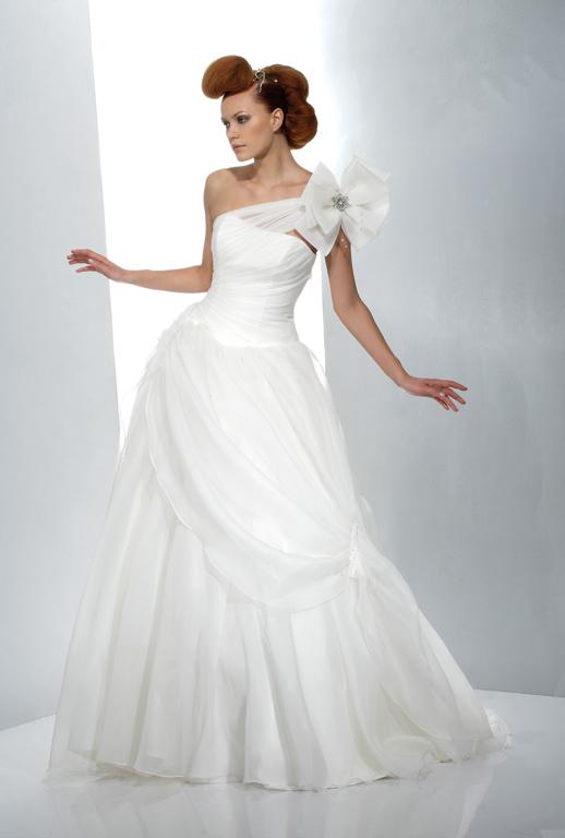 Luxusní svatební šaty | Praha, Pardubice