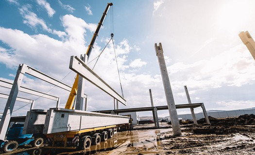 Stavba průmyslových montovaných hal Chrudim, montované haly pro skladovací a výrobní prostory