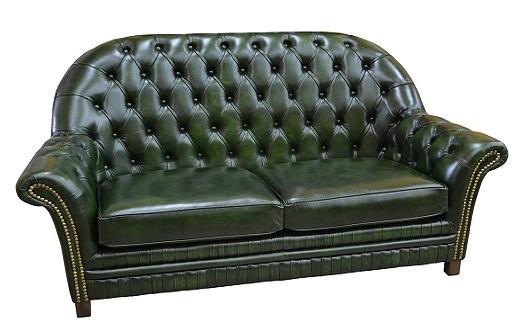 Kožené sedací soupravy a pohovky ve stylu Chesterfield