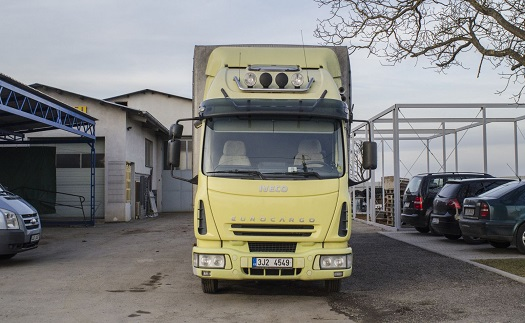 Autodoprava – přeprava valníkem, auto s vlekem do 4,5 tun