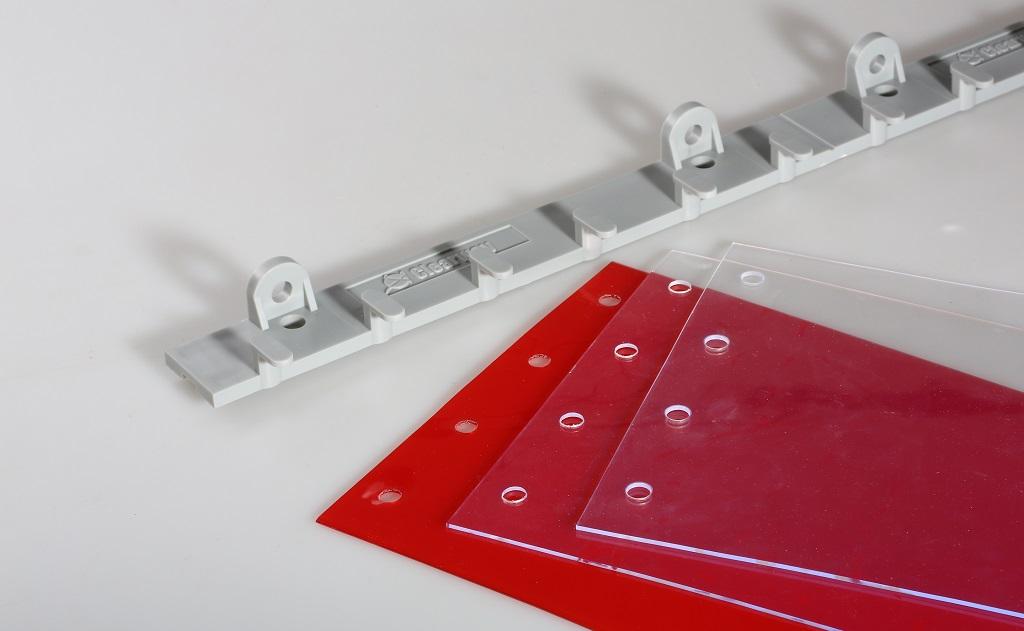 Rychlá montáž a výměna lamelových clon s plastovou lištou QM – PVC lamely ušetří Vaše náklady