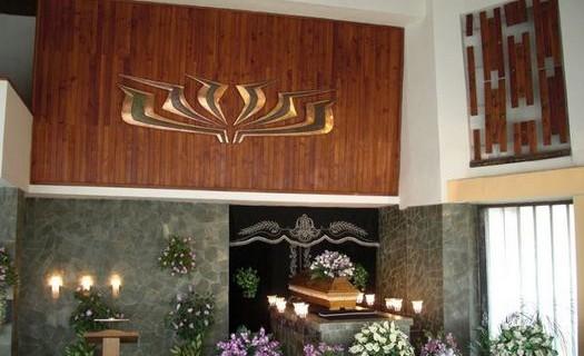 Poslední rozloučení se zesnulým Mnichovo Hradiště