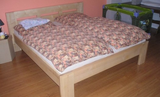 Zakázkové truhlářství Sedlčany, postel