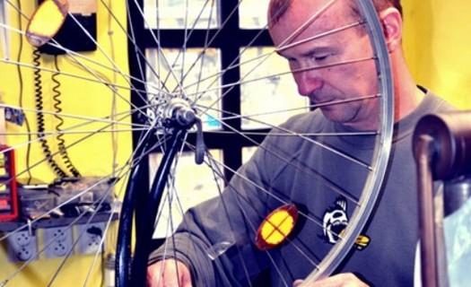 Cyklo servis Sušice, opravy kol, drobné i generální opravy, výměny opotřebených částí, seřízení kol