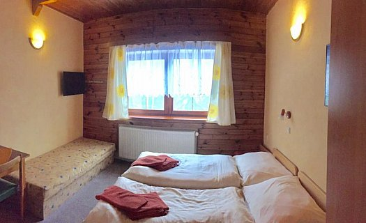 Dvou až čtyřlůžkové pokoje s vlastním sociálním zařízením