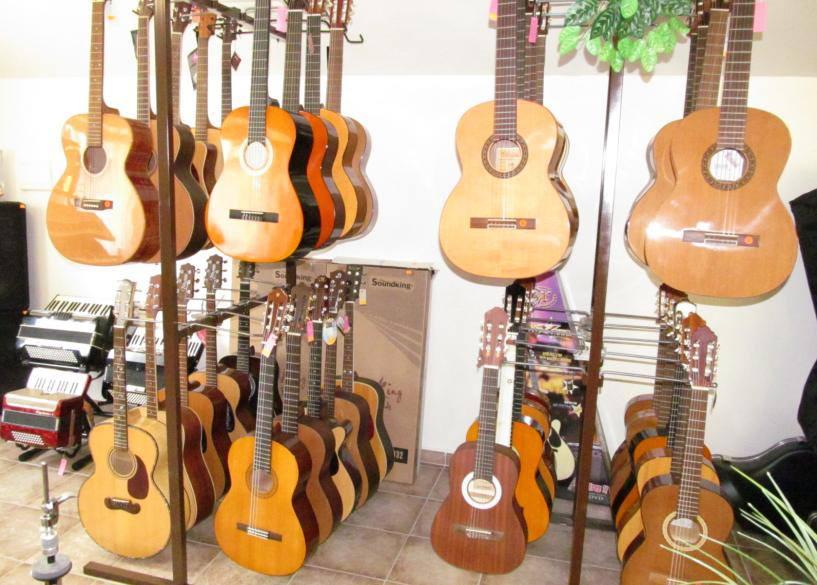 Hudební nástroje klasické, prodejna a e-shop, opravy, servis, příslušenství, Jistebník