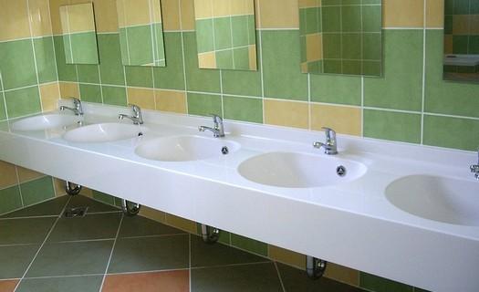Sanitární vybavení koupelen z litého mramoru Hradec Králové, výroba umyvadel na zakázku