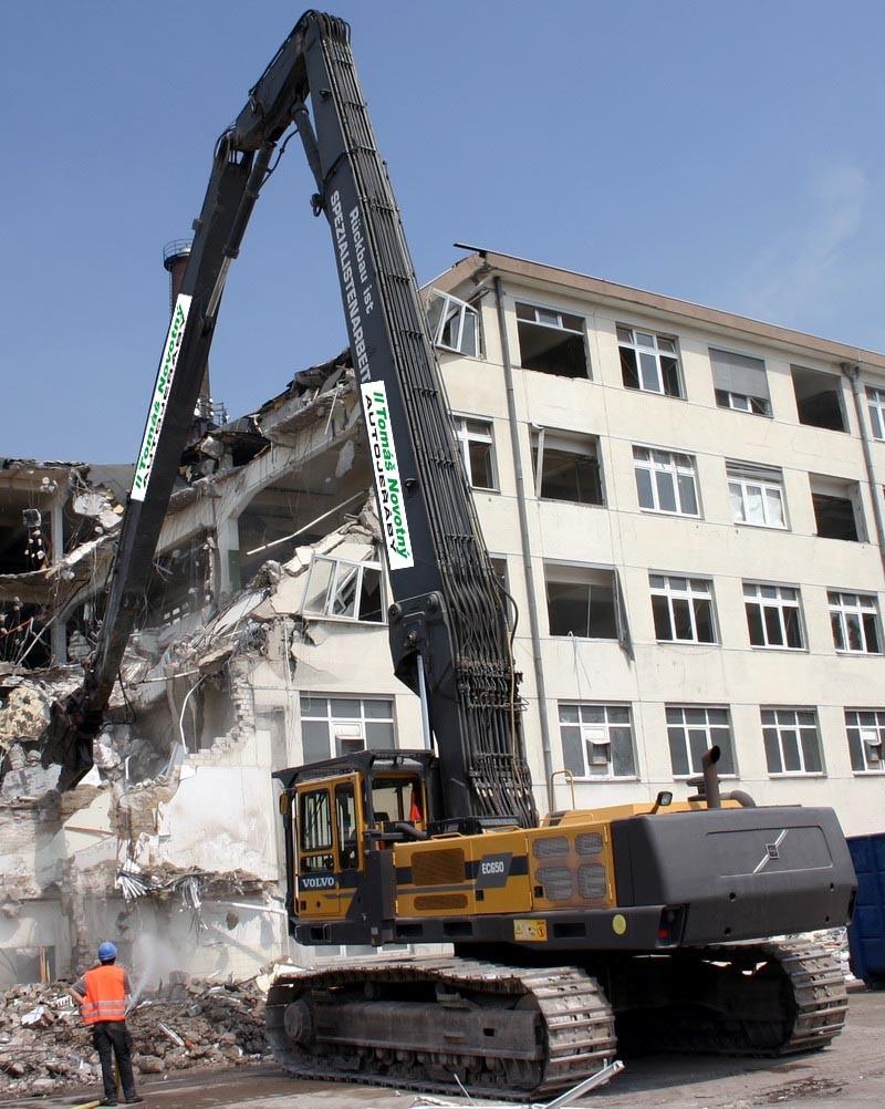 Demoliční práce, demolice objektů