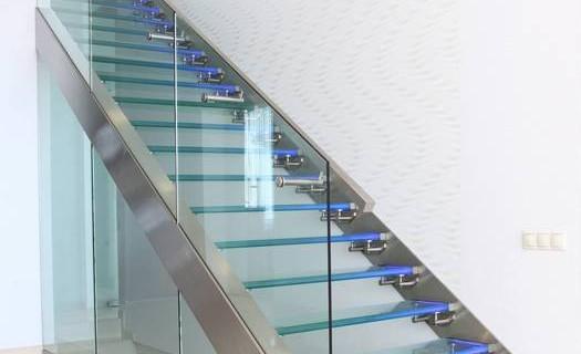 Montáž skleněných schodišť České Budějovice