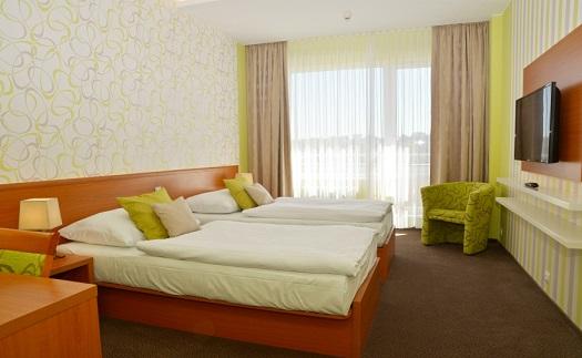 Romantický pobytový balíček ve čtyřhvězdičkovém hotelu v Brně