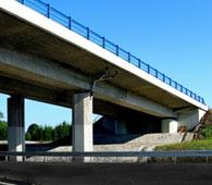 Výstavba a rekonstrukce mostů, silnic i dálnic