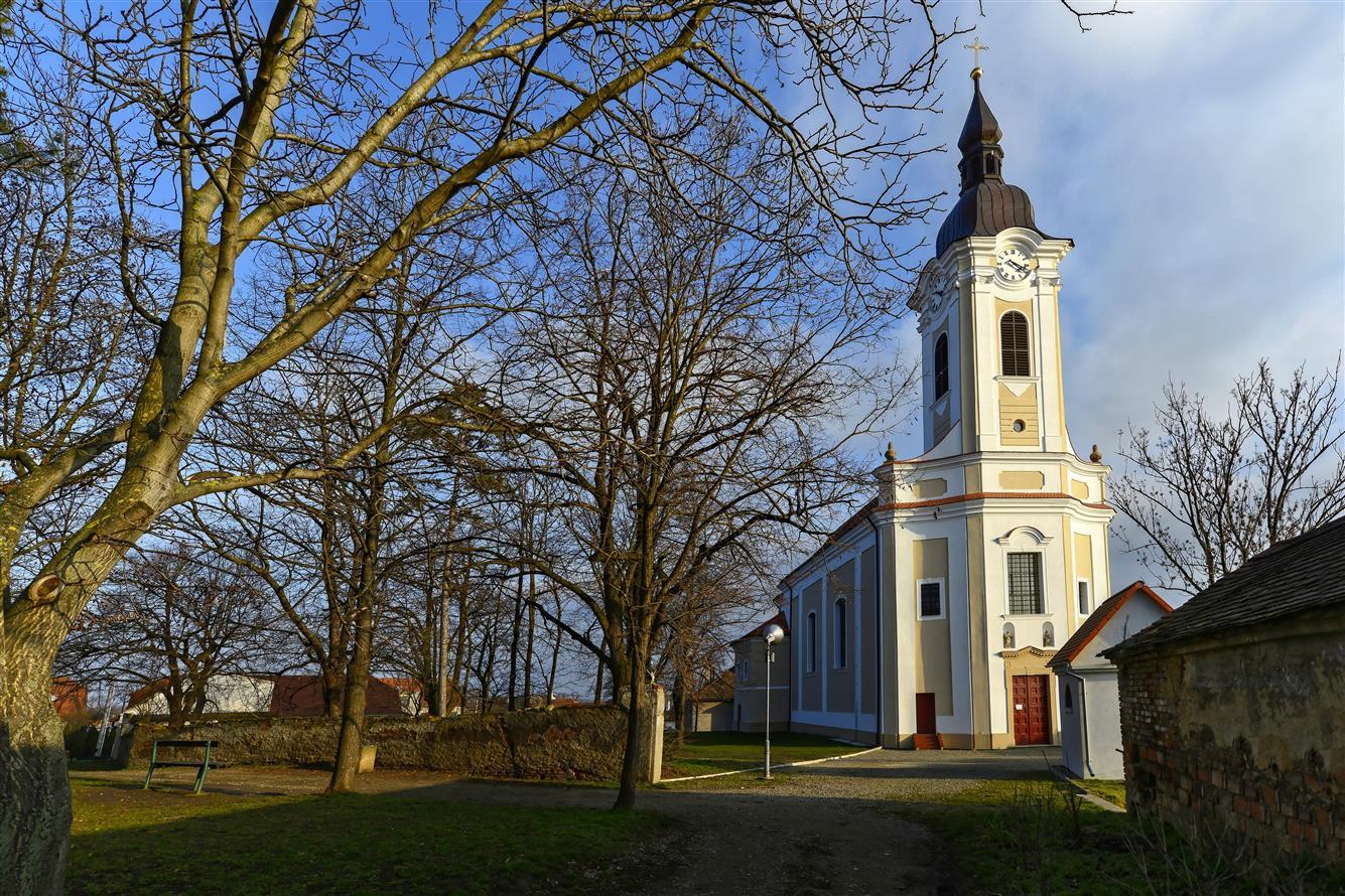 Město na řece Jevišovce, historické památky - kostel