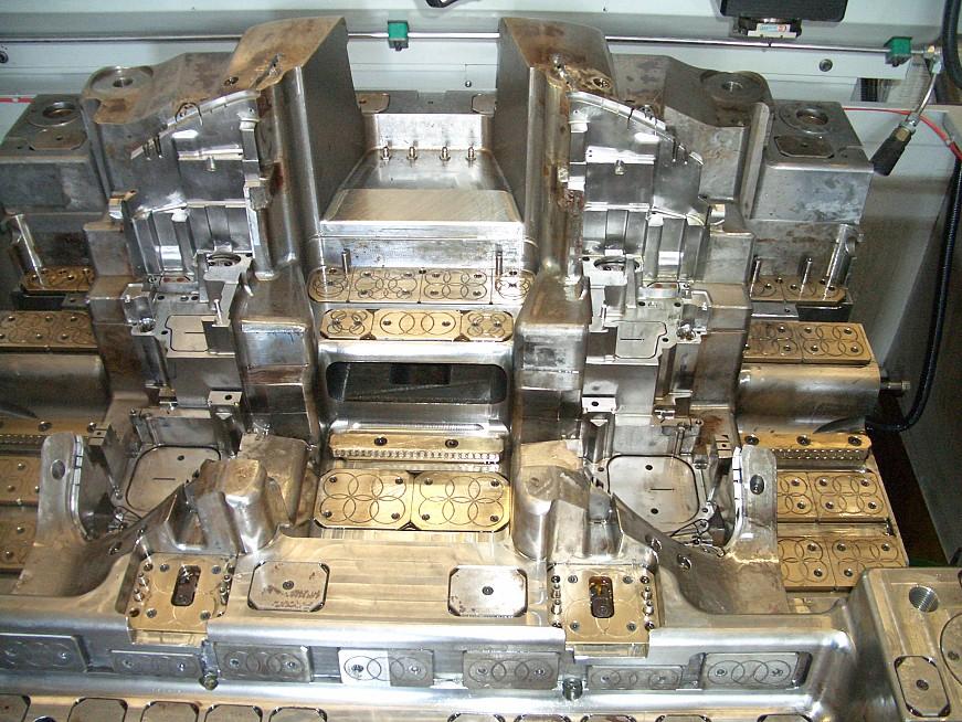 CNC soustružení součásti pro průmyslová odvětví