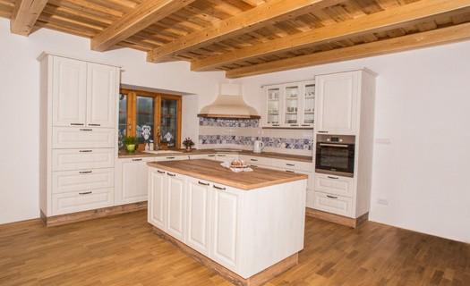 Výroba rustikálních kuchyní Zábřeh