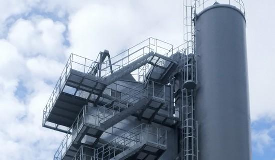Výroba asfaltu probíhá na moderní obalovně Moravská Třebová