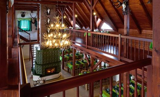 Restaurace Lovecká chata Folmava Domažlice, zvěřinové speciality, oslavy, firemní večírky, svatby