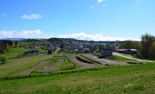Obec Dobřany v Královéhradeckém kraji, motokrosové závody